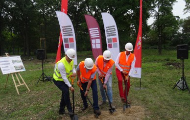 Construction of swimming pools in Katowice has started